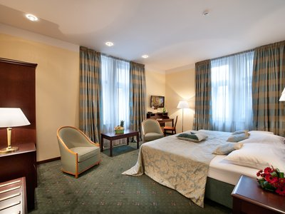 EA Hotel Downtown**** - Executive Doppelzimmer