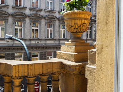 EA Hotel Downtown**** - Executive Doppelzimmer - Balkon