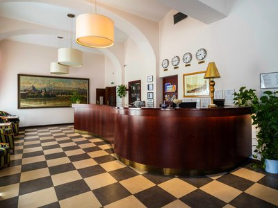 EA Hotel Downtown**** - Hotelrezeption