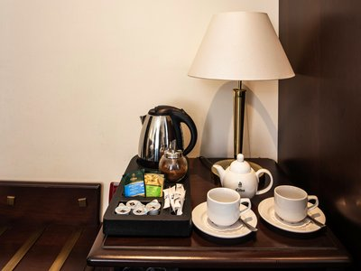 EA Hotel Downtown**** - coffee and tea set