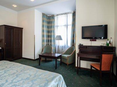 EA Hotel Downtown**** - executive double room